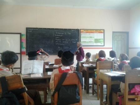 13 Kriteria Menjadi Guru Idaman Dan Cara Mendapatkannya