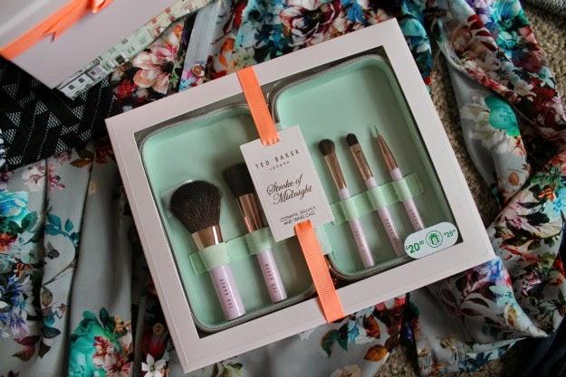 Ted baker makeup brush set