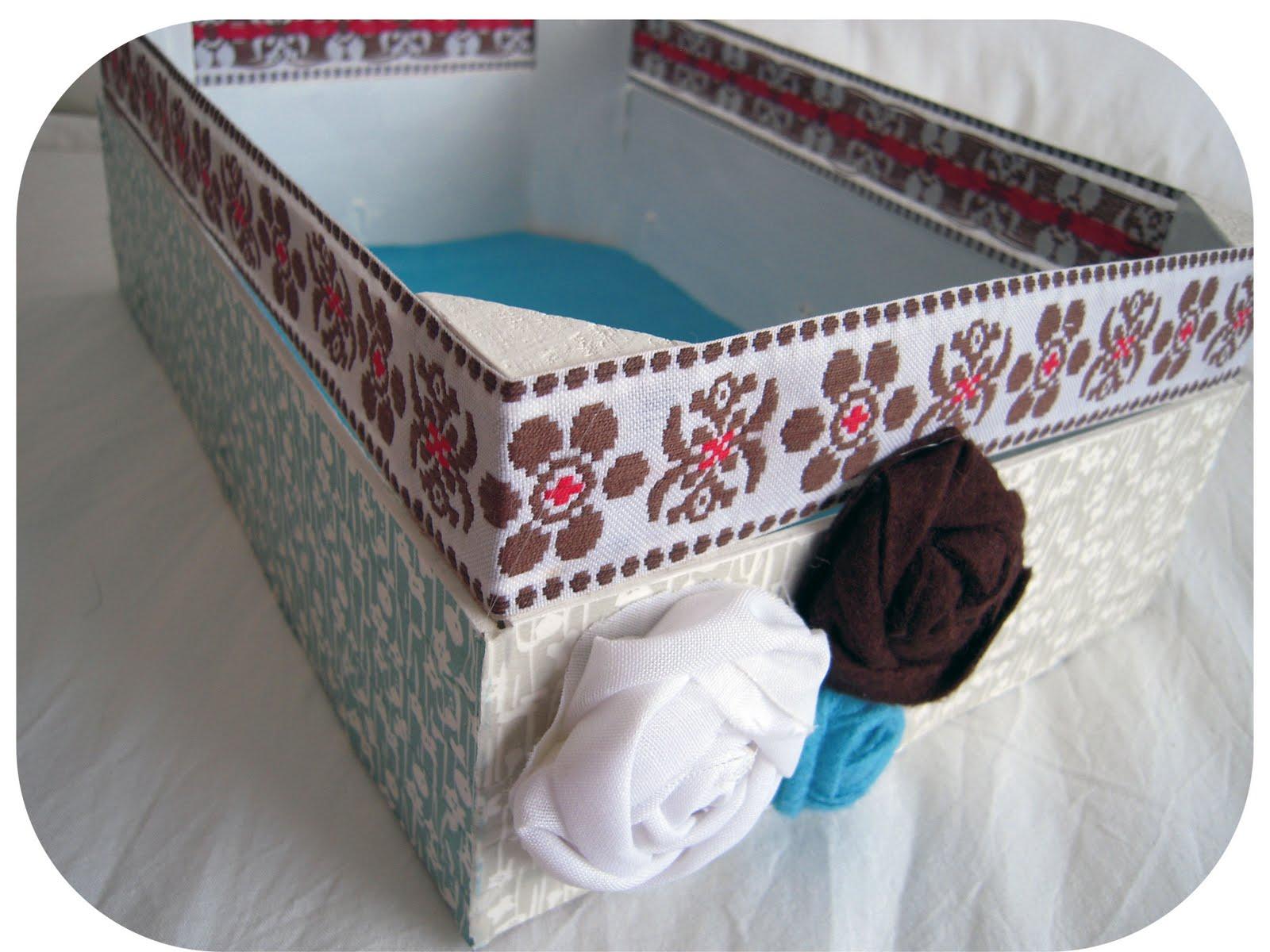 Akumota tonturas caja de fresas y archivador decorados - Cajas fruta decoracion ...