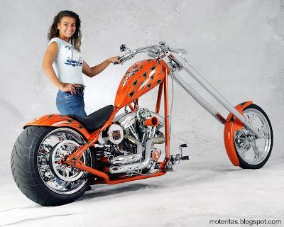 motos-mujeres-chopper-custom-wallpaper
