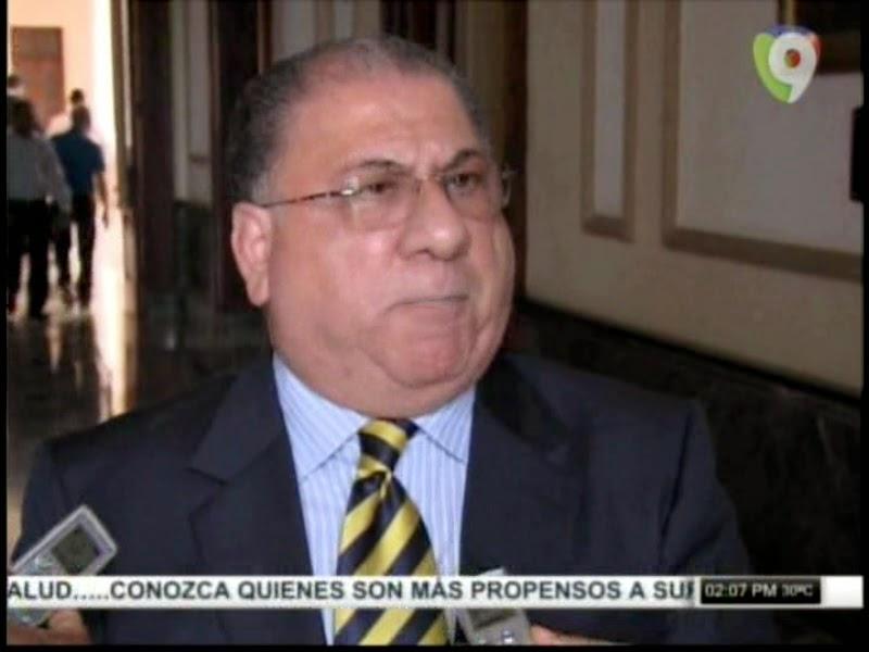 http://www.desafine.net/2015/02/monchy-fadul-el-comite-politico-del-pld-defendera-a-leonel-fernandez.html