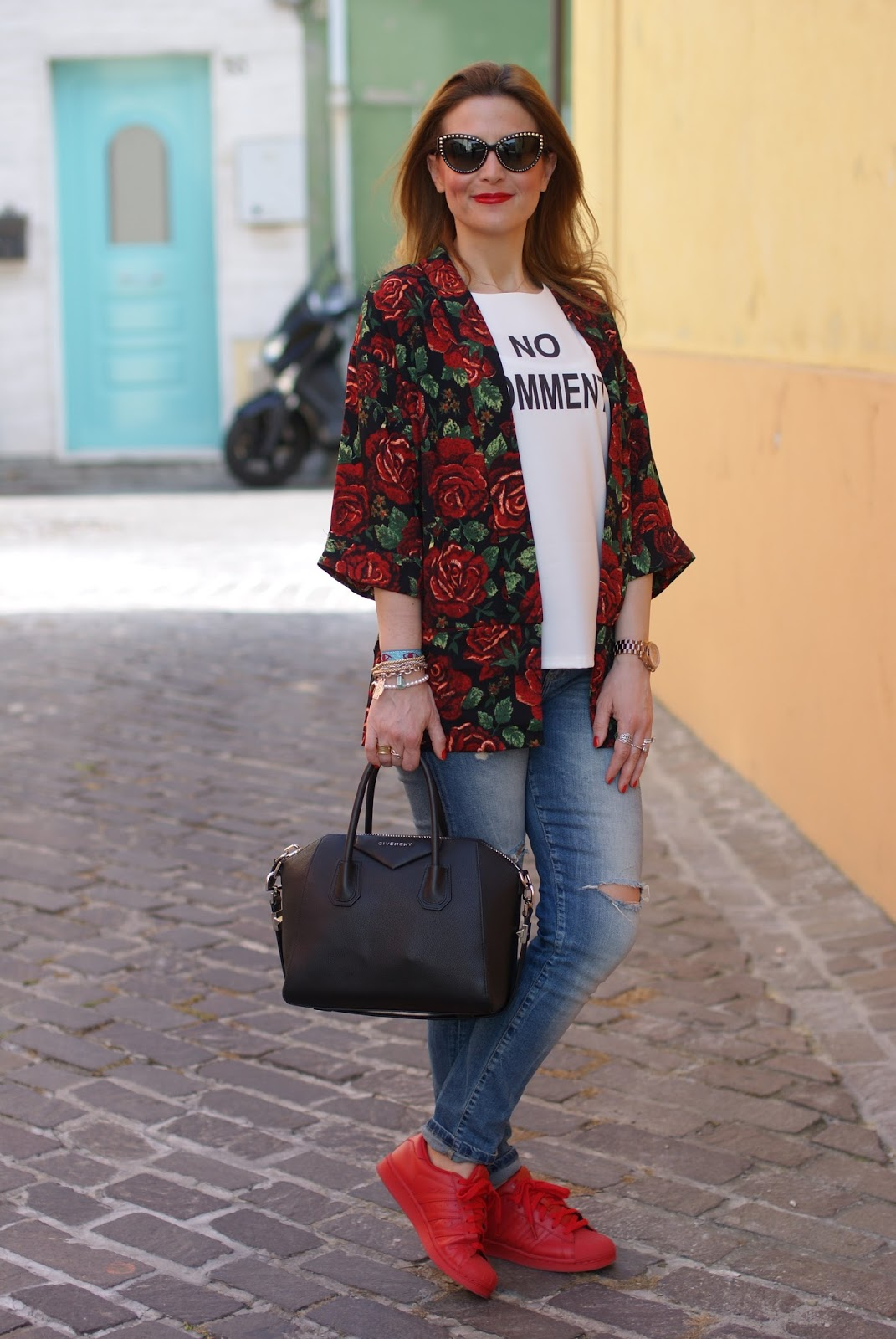 adidas red sneakers, roses kimono jacket and givenchy antigona on Fashion and Cookies fashion blog