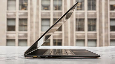Hybrid Laptop with Special Screen, Lenovo Yoga Pro 3 3