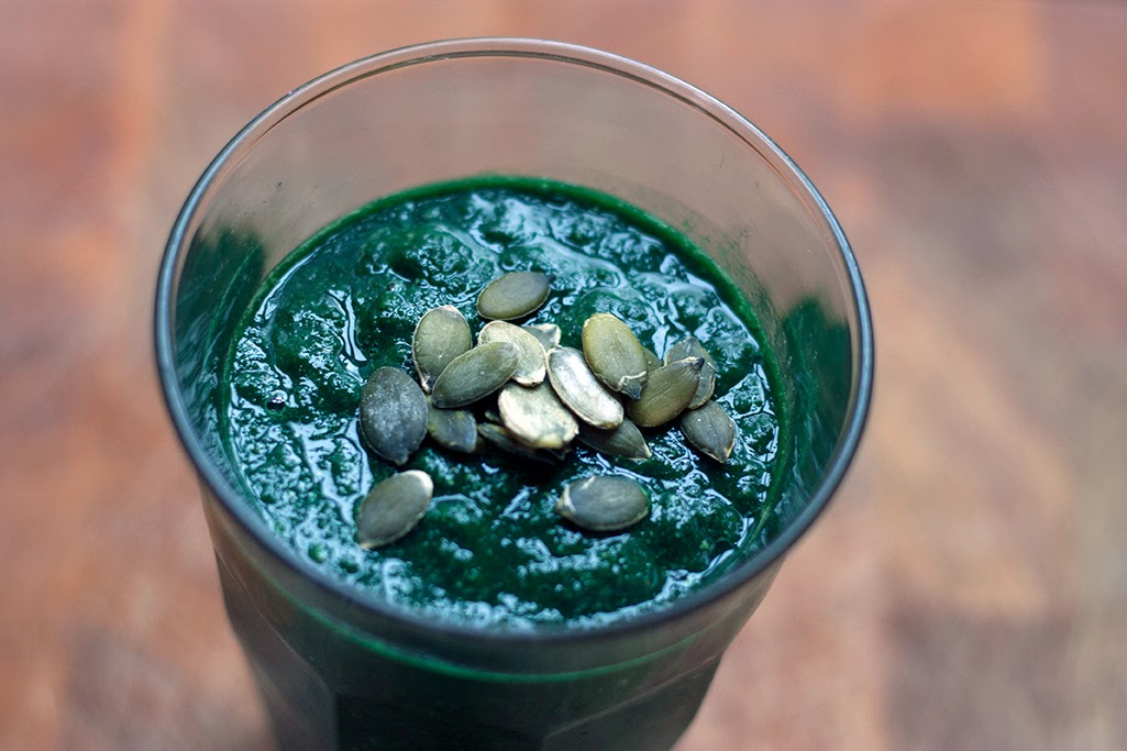 spinach-pear smoothie