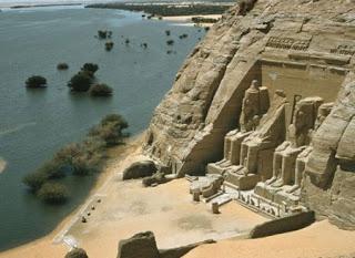 El Templo de Abu Simbel. Egipto a tus pies. La Presa de Asuan. Aswan. El Peligro de los templos por la presa de asuan. Ciudad de Asuan. Ciudades egipcias. Construccion de la Presa de Asuan.