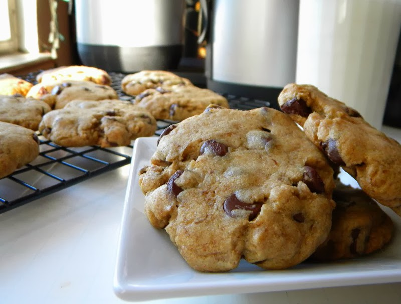 ... Recipes.com: How to Bake the $250 Chocolate Chip Cookie by Cleo Coyle