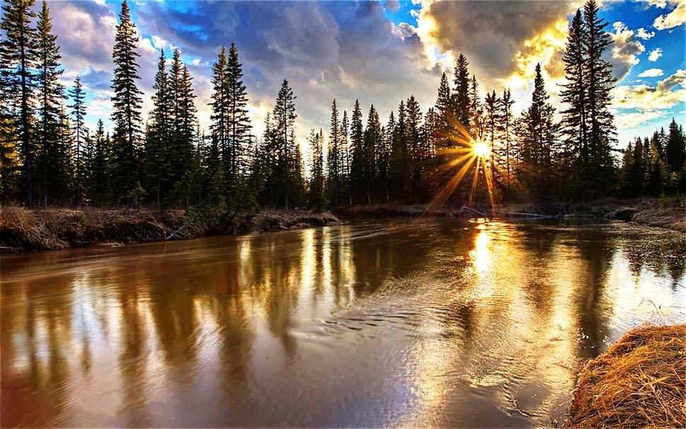 the-golden-lake-reflection-good-morning