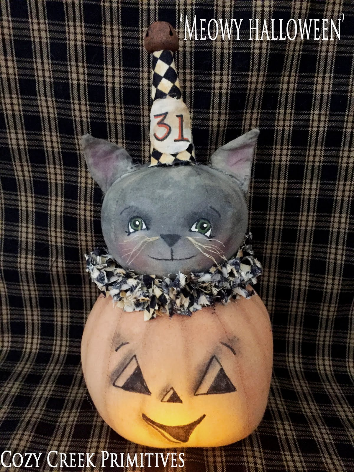 Meowy Halloween -Vintage Pumpkin With Cat