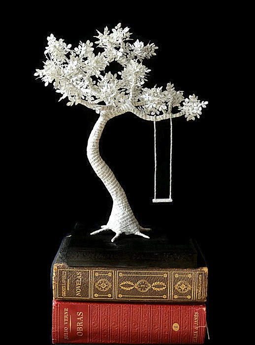 book-paper-sculpture