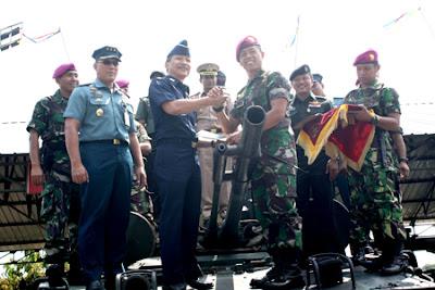 Atase Kedubes Kerajaan Thailand Peroleh Brevet Kavaleri Marinir