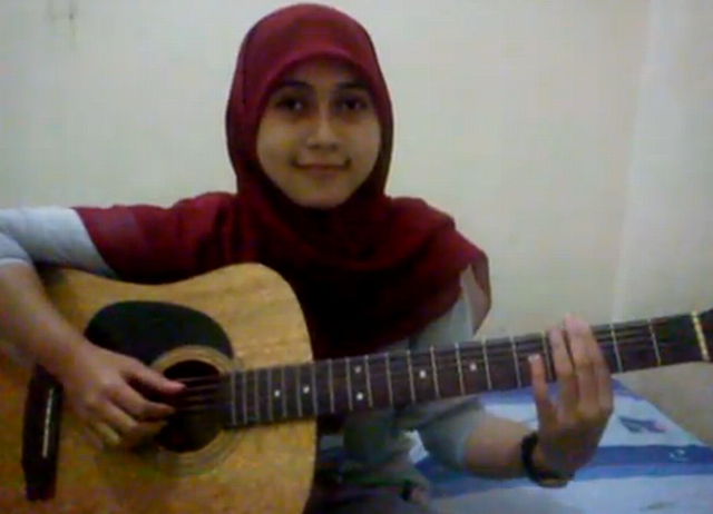 Ayu Videlia Pandai Main Gitar Youtube