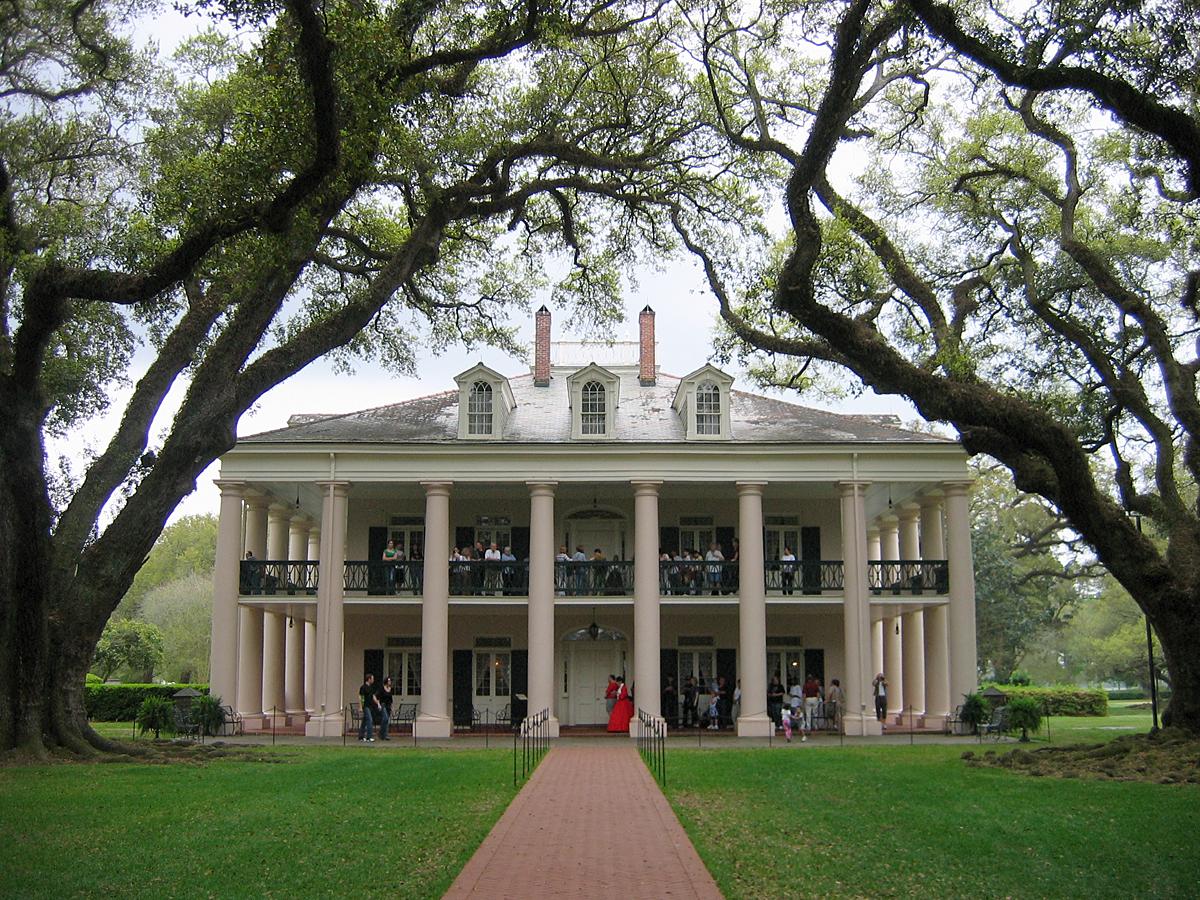 Designerblog 10 01 2011 11 01 2011 for Southern plantation houses for sale