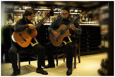Ars Nova Guitar Duo - Um Asno