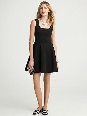 kayık yaka pileli elbise, kısa elbise, siyah elbise