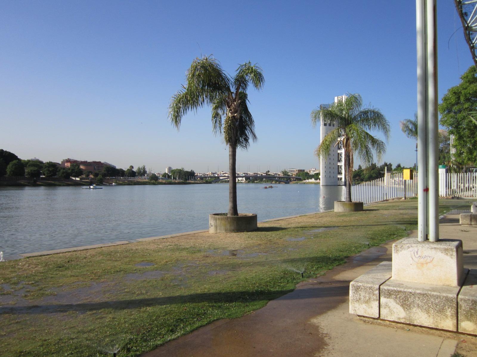 Sevilla vida y leyenda el jardin americano for Jardin americano sevilla