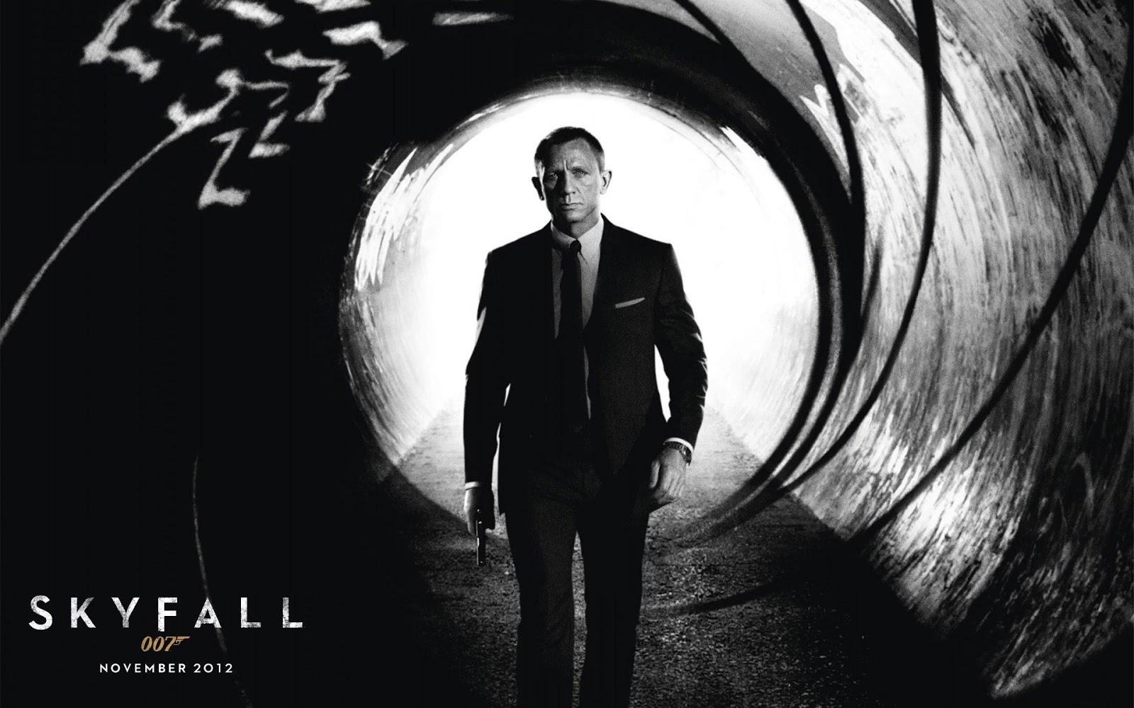 skyfall film reviews