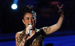 Agnes Monica konser di Riau