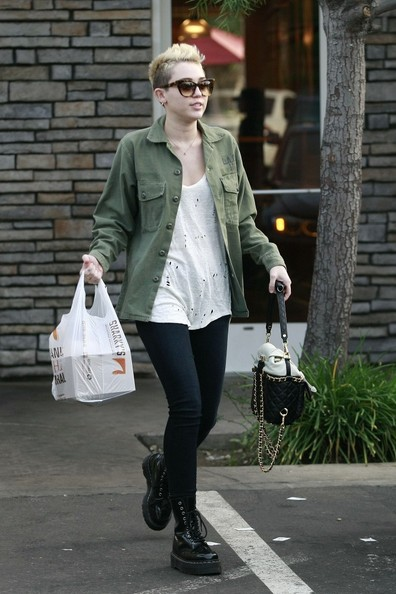 miley cyrus new hair style hair cut