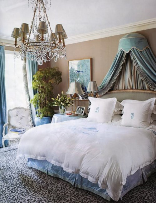 Kardashian interior design and romantic rooms design to for Blue and taupe bedroom ideas