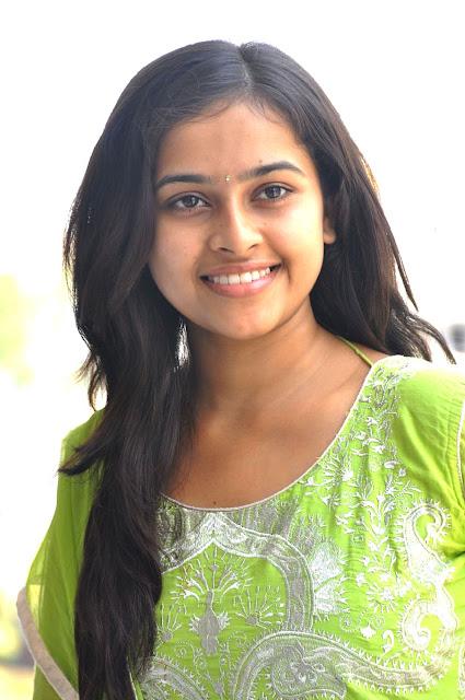 Sri Divya Varutha Padatha Valibar Sangam Heroine_MyClipta