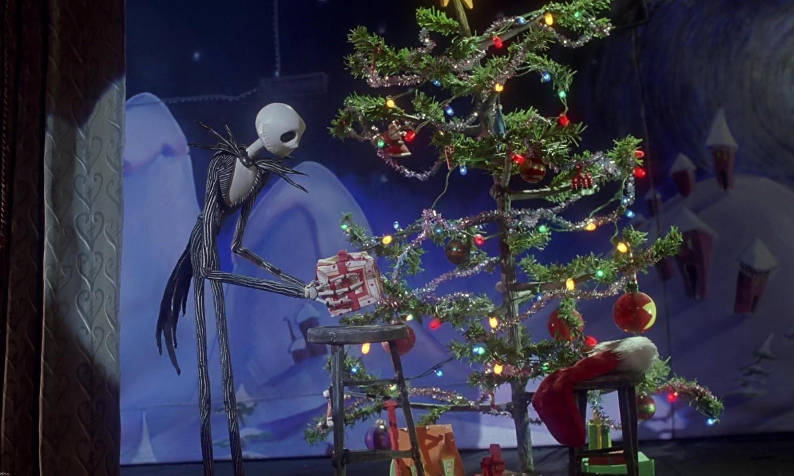 http://4.bp.blogspot.com/-OmSa4ITsYVs/UIeqHOh5USI/AAAAAAAAFFc/A-zECNscYoQ/s1600/the-nightmare-before-christmas-jack-christmas-tree.jpg