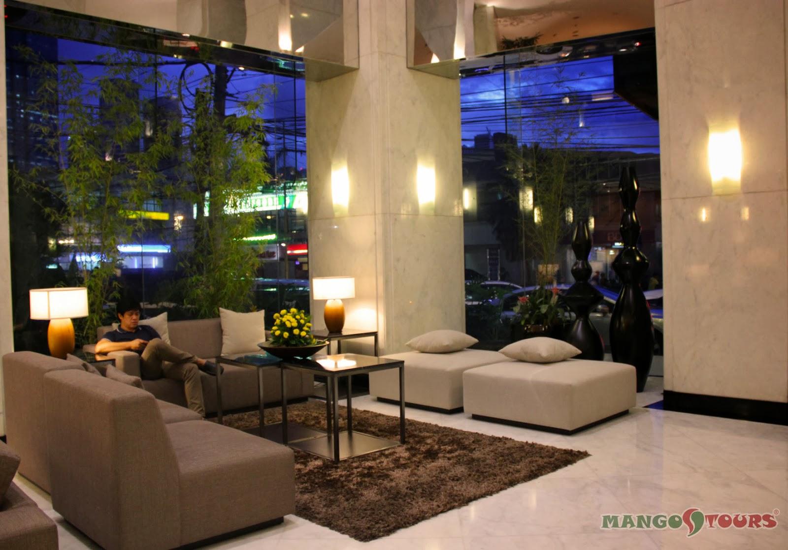 City Garden Hotel Makati lobby lounge
