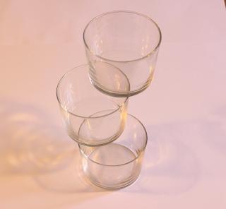 Juegos del Ingenio un vaso por encima del otro