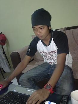 adik tengah