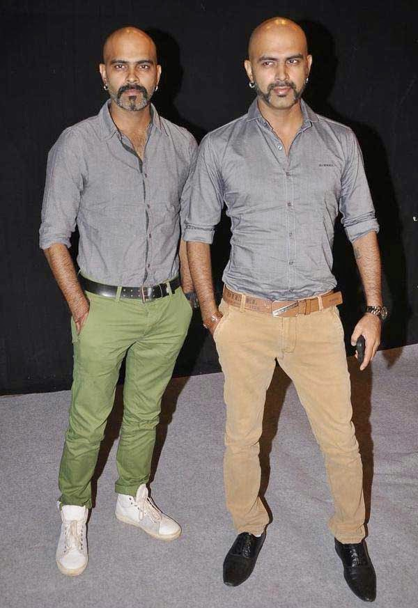 Raghu Ram (L)and Rajiv Laxman At The Star Parivaar Awards 2014