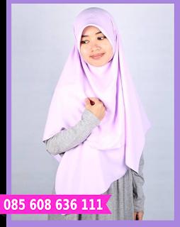 Hijab segi empat yang cantik