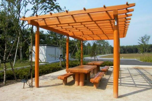 P rgolas de madera ideas y consejos metacrilatos - Construccion de pergolas de madera ...