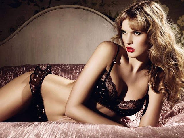 Anne Vyalitsyna sexy in lingerie fashion
