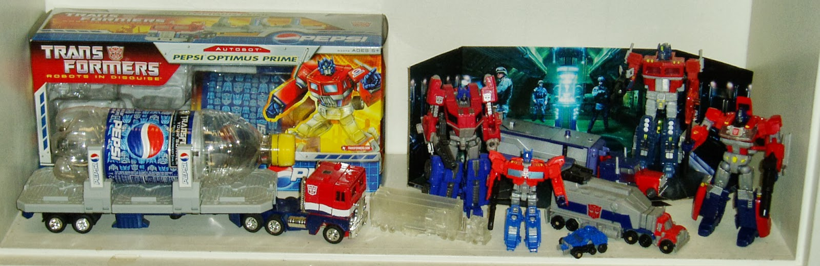 archetypes optimus prime The autobots are a combination of typical superhero team archetypes fearless leader optimus, action girl arcee, gentle giant bulkhead, and such  optimus prime.
