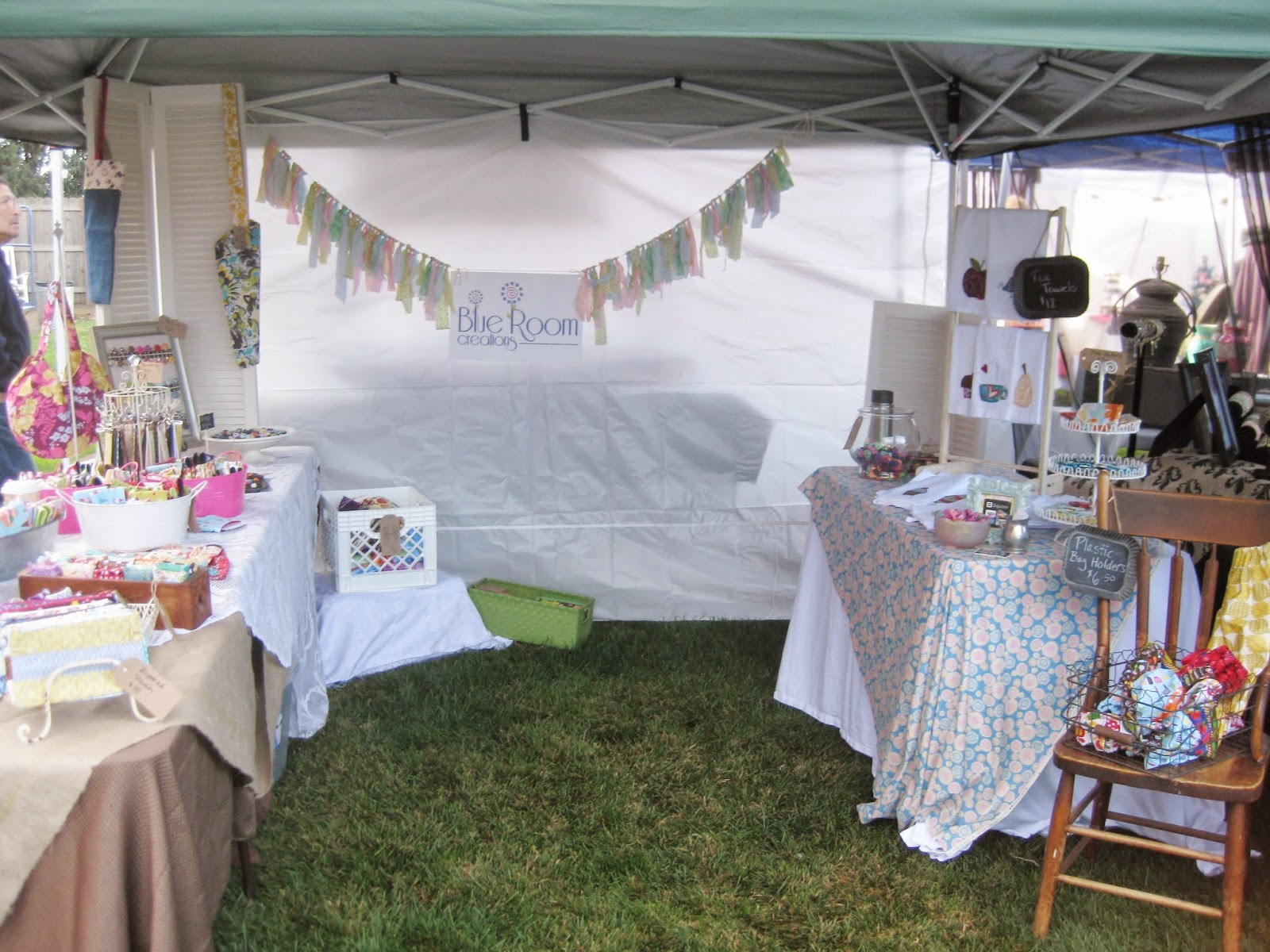 Blue room creations craft show display ideas 2 for Used craft fair tents
