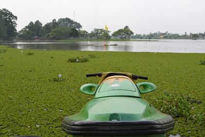 Perahu Boat Situ Cipondoh