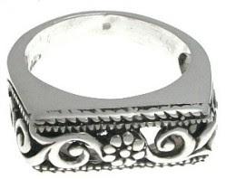 anillo de plata clasico