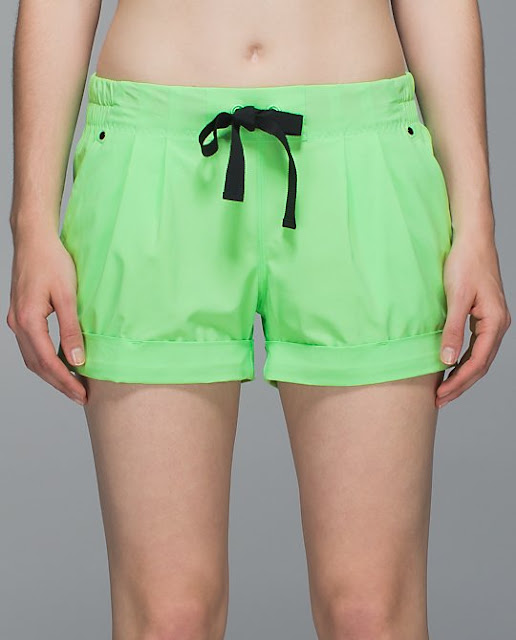 lululemon-spring-break-away pistachio