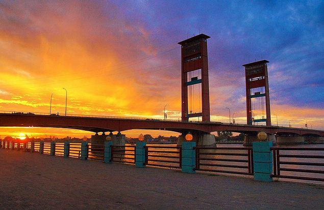 Indahnya Jembatan Ampera Palembang Remember Your Cultural