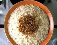 أرز باللحم المفروم والزبيب