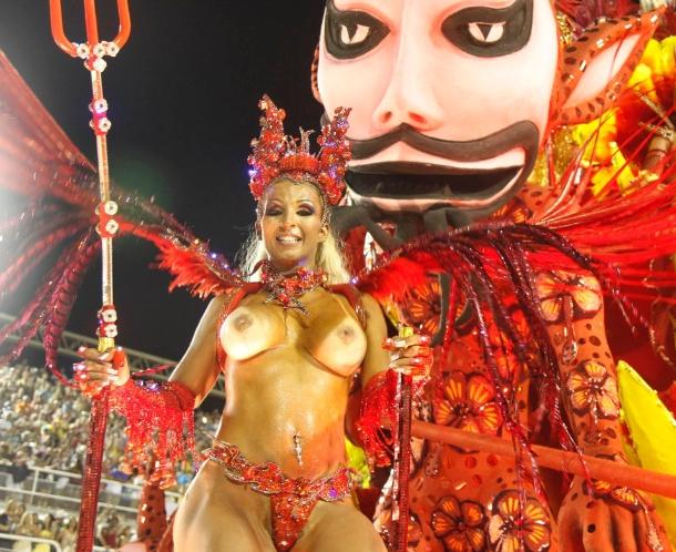 Mulheres Nuas De Carnaval