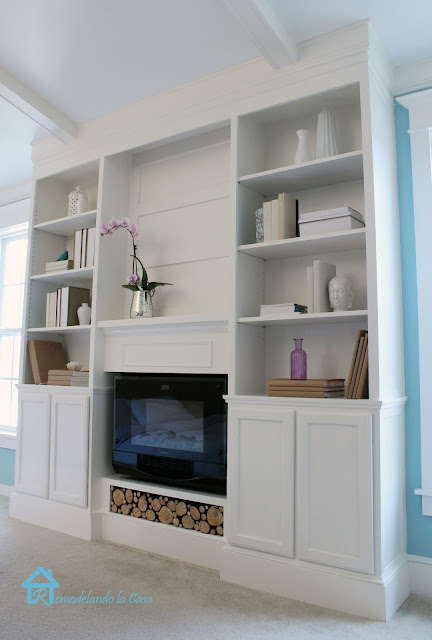Remodelando la Casa has the step by step tutorial to build your own! The  fact that they incorporated the fireplace into the DIY Bookcase ... - Ana White Bookcase Built-ins With Fireplace Insert Featuring