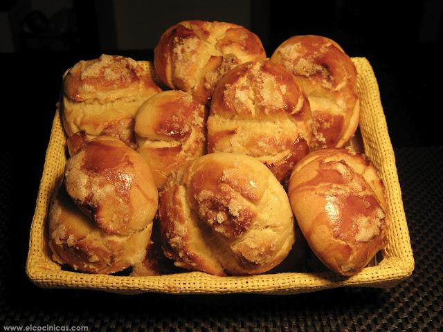 Bollos suizos. Recetas de tartas fáciles. El Cocinicas
