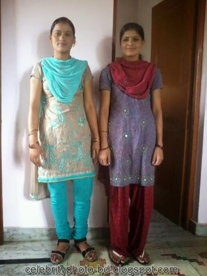 Deshi+girl+real+indianVillage+And+college+girl+Photos089