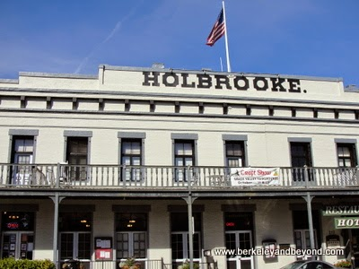 exterior ofThe Holbrooke hotel in Grass Valley, California