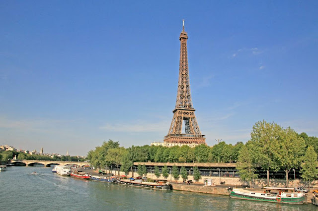 Lovely Travel of a Nomadic Dad Travel The World RTW -family Travel with kids Budget Travel in Paris