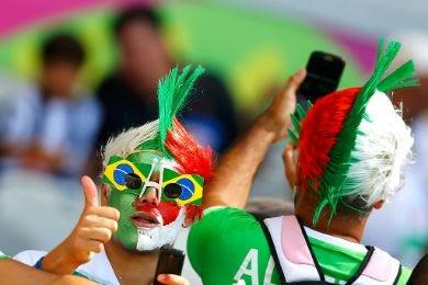 صور عبقرية... أفضل لقطة لجماهير الجزائر بعد نهاية مباراة ألمانيا !