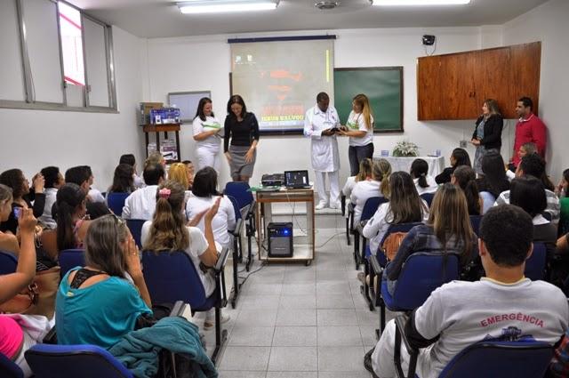 Foto Pre_abertura_Semana_Enfermagem_Arquivo De 12 a 17 de maio, o UNIFESO e o HCTCO promovem a Semana de Enfermagem