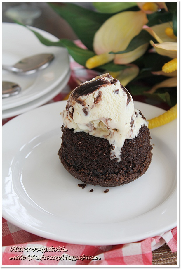 molten chocolate lava cake....