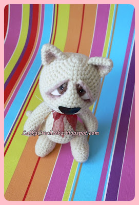 http://lalkacrochetka.blogspot.com/2015/06/sad-cat-smutny-kociak.html