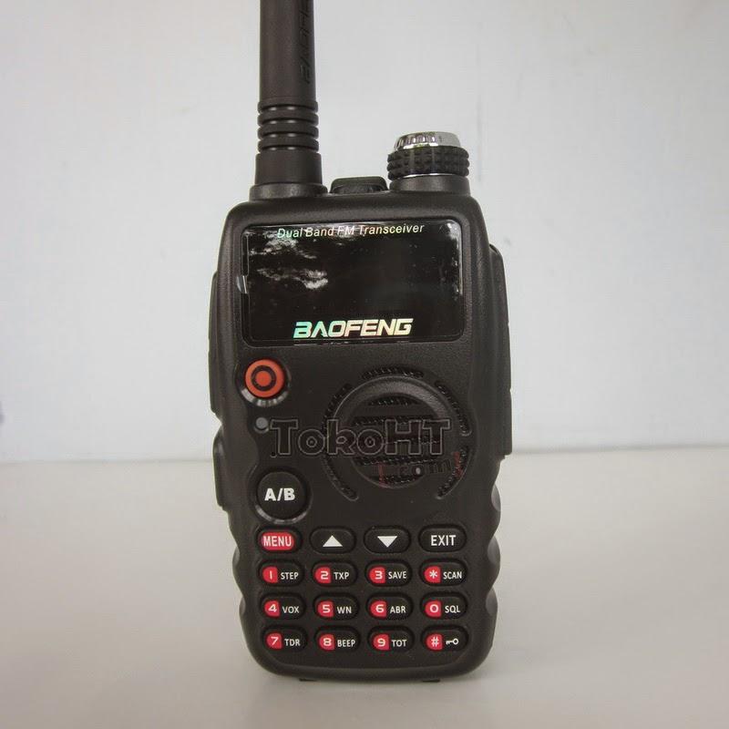 HT Baofeng A-52 Dual Band VHF UHF Radio FM
